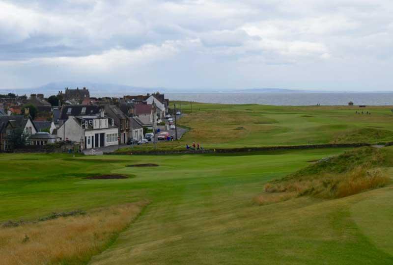 Golf House Club