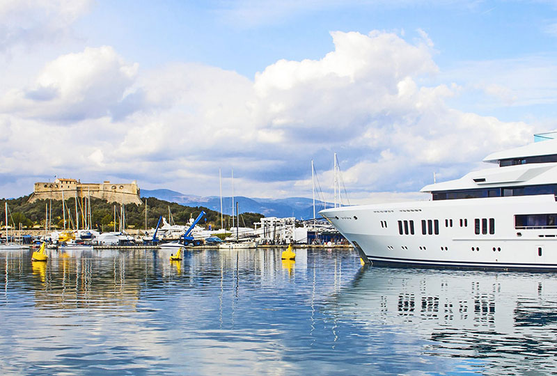 Yacht Charter (7 Days)